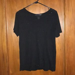 FOREVER 21 DISTRESSED TEE SIZE LARGE